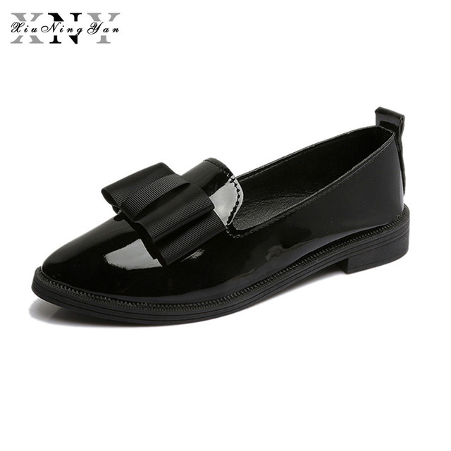 XiuNingYan 2018 New Oxfords Bowtie Platform Shoes Woman Casual Loafers Poined Toe Women Brogue Shoes Slip on Flats Casual Shoes
