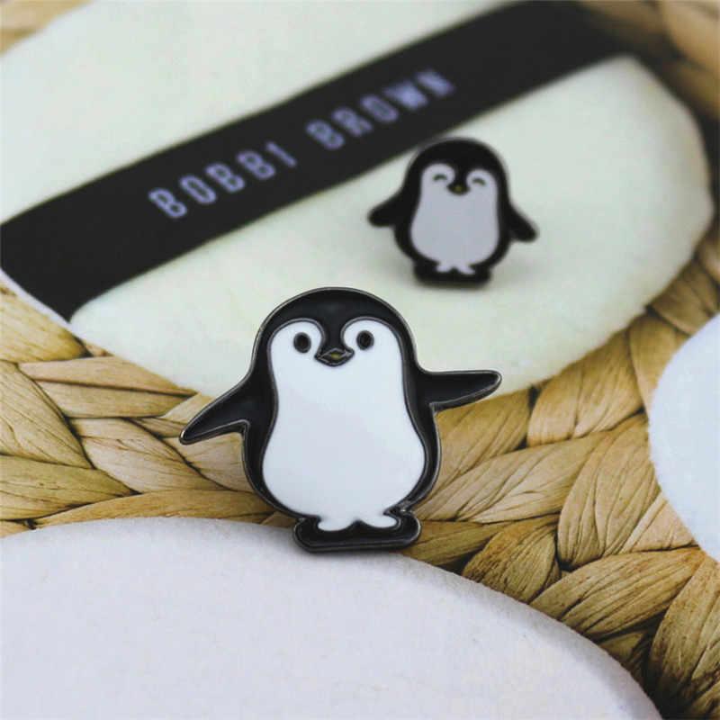 2018 Baru Modis Baru Lucu Ukuran Pinguin Hitam dan Putih Enamel Setelan Mantel Selendang Hewan Bros Jarum Lencana