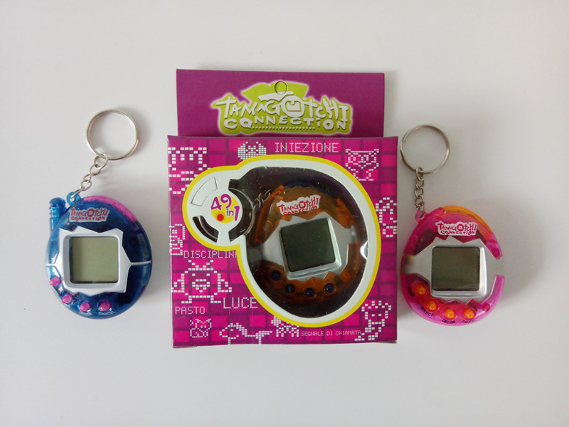 Hot Sale Tamagochi Pet 3 Colors Virtual Digital Game Machine 90S Nostalgic 49 Pets in One Virtual Cyber Pet Brinquedos For Gifts