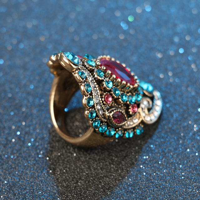 Gold Plated Big Vintage Ring with Crystals