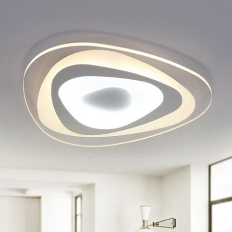 Moderne lumières Ultra-thinCeiling triangle LED lampe fer métal ...