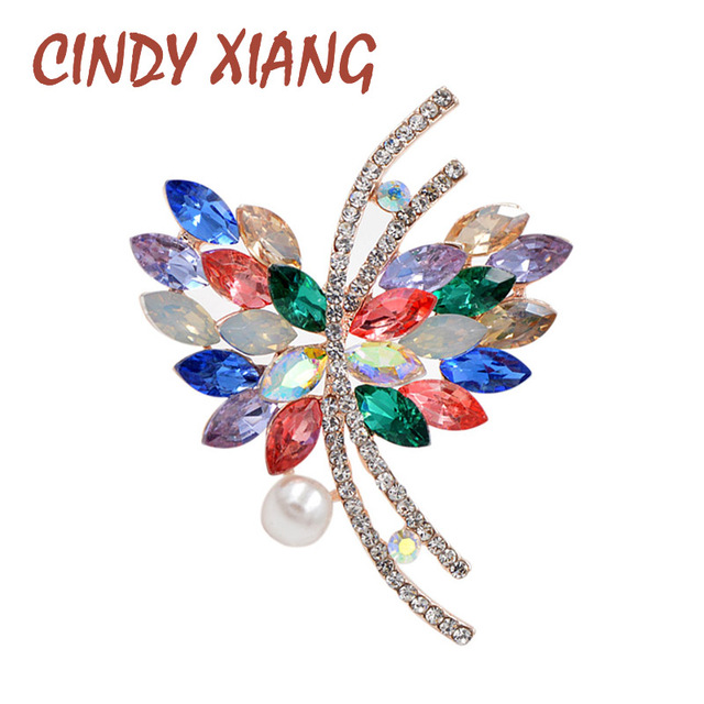 CINDY XIANG Multicolor Crystal Butterfly Brooches For Women Spring Style 2017 Fashion Jewelry  Elegant Accessories High Quality