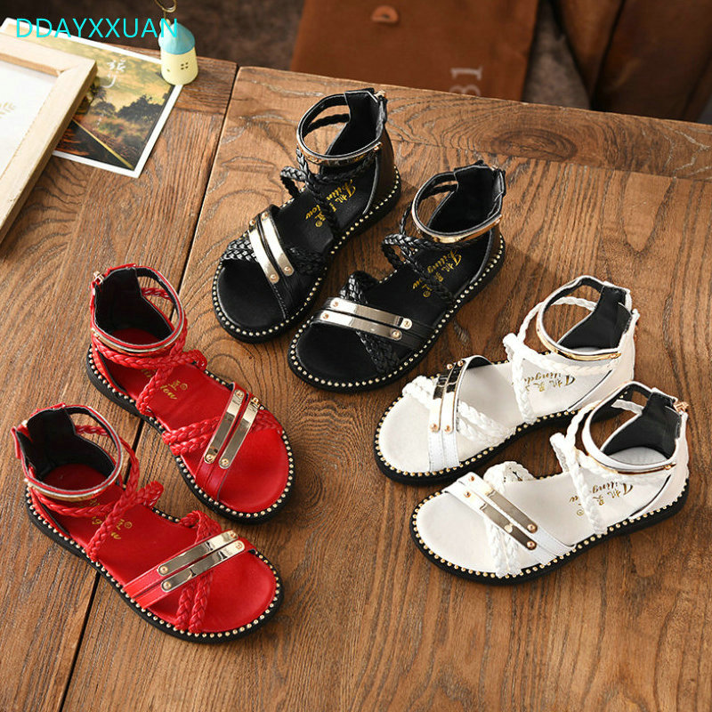 Girls Princess Shoes 2018 New Summer Metal Children Sandals Flat Kids Girls Soft Shoes Gladiator for girl Dress Party Shoes