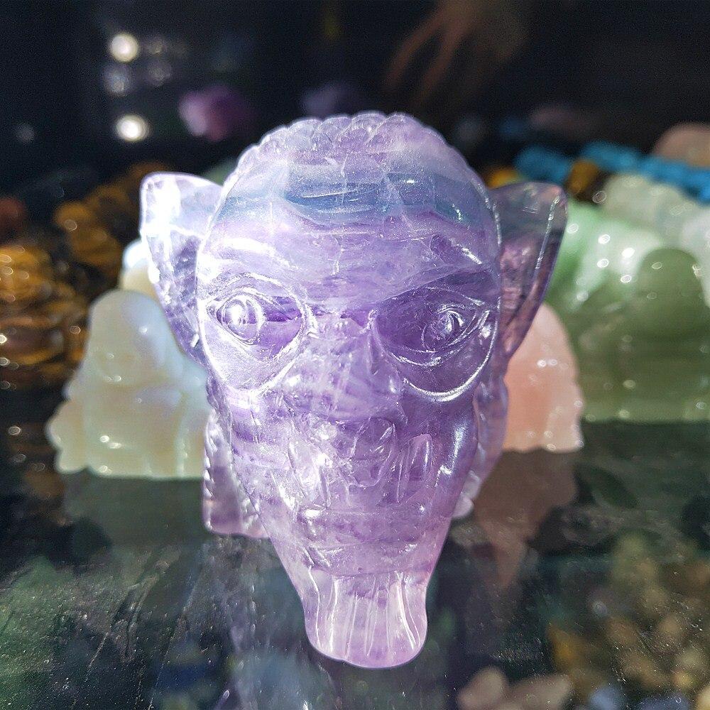 Cristal de quartz de farinite violet naturel sculpté à la main crâne pierre gemme bête du crâne décor de guérison 300g
