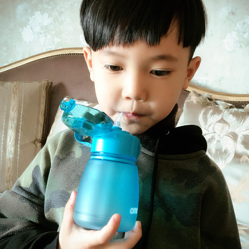 2017 NEW BPA free Baby training drinking Bottle Unbreakable Plastic Bottle feeding milk Portable flip lid drink with straw CUP
