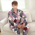 De los nuevos hombres de invierno pijamas de Franela Engrosamiento Mantener caliente clásico elementos de Celosía de moda de manga Larga de ropa de Hogar