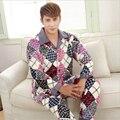 Dos homens novos pijamas de Flanela inverno Espessamento Mantenha quente clássico Malha de elementos de moda de mangas Compridas roupas Para Casa