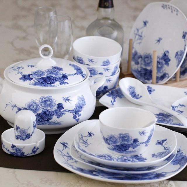 jingdezhen ceramic 56 blue and white bone china dinnerware set glaze swallow peony royal soup. Black Bedroom Furniture Sets. Home Design Ideas