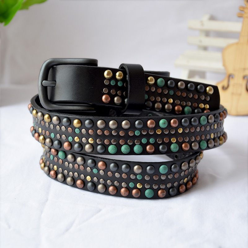 2019 Women Genuine Leather Skinny Belt Punk Style Colorful Rivet Belt Hip hop Style Jeans Belts Quality Guarantee YM004
