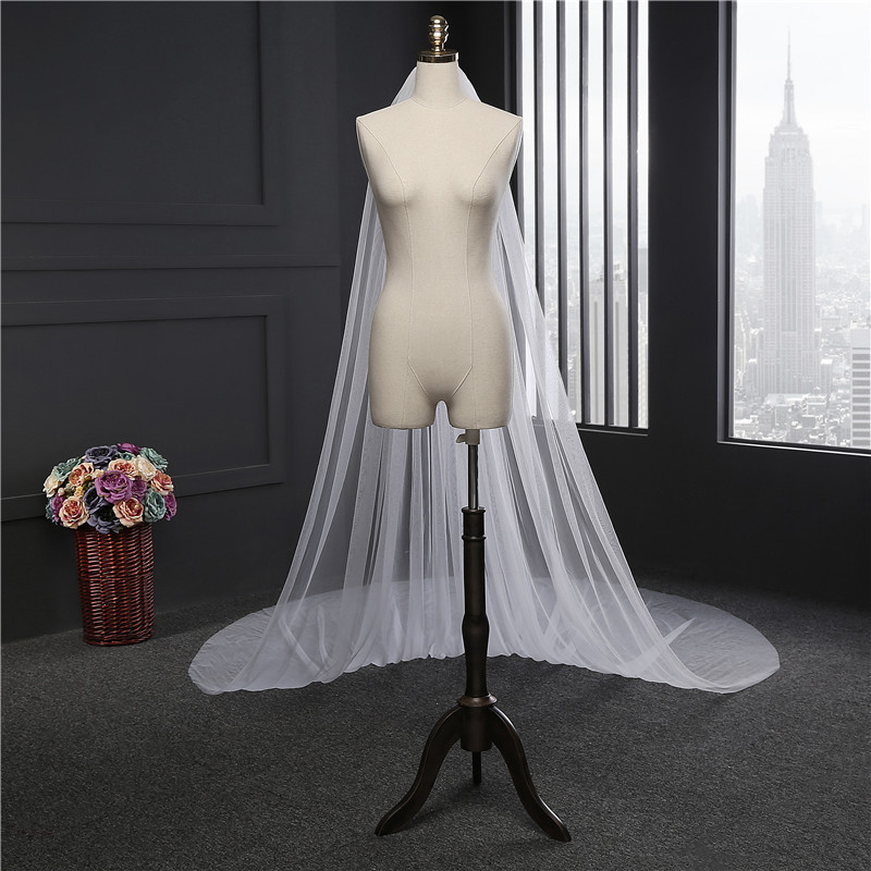 2017 Elegant Wedding Veil 3 Meters Long Soft Bridal Veils With Comb One-layer Ivory White Color Bride Wedding Accessories 2