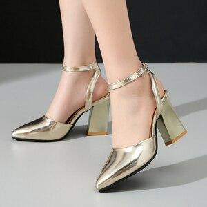 Image 2 - 2020 nowych kobiet pompy grube obcasy panie wesele buty złote srebrne buty letnia klamra kostki pasek obuwie rozmiar 34 43 f532