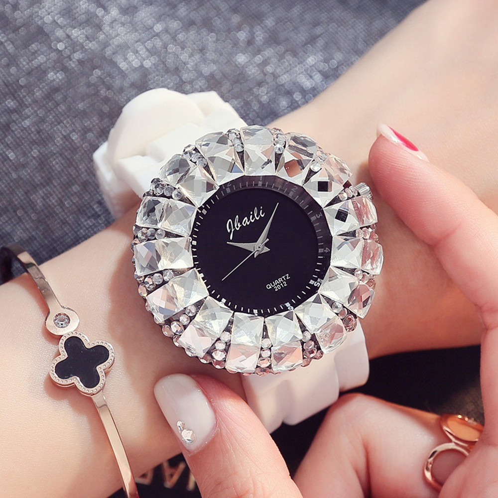 Women Bestie Dress Watches Sexy Large Full Diamond Student Clocks Confidante Gift Rejores Girls Lady Hodinky Fashion Bayan Saats