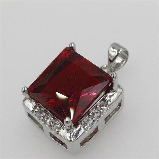 d9f8e3aa5346 DIY clásico corazón COLLAR COLGANTE hecho con cristales de Swarovski Cadena  de caja delgada para 2017