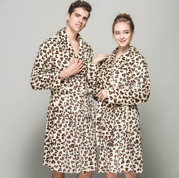 7f8bba65bf (1PCS Lot) Leopard Bathrobe men robes Fleece women s Size M L XL Microfiber  bathrobe