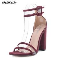 MeiLiKeLin 2018 Chaussures D'été Femmes Sandales Large Bande Carré Talon À Bout ouvert Sandales Dames Talons hauts Robe Chaussures Bloc Pompes 40