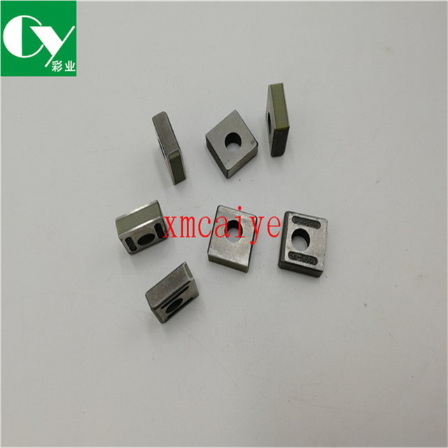 US $64 0 |Aliexpress com : Buy Gripper pad For Roland 600 05A 5840 Roland  Printer Spare Parts 17*16 5*6mm from Reliable Printer Parts suppliers on
