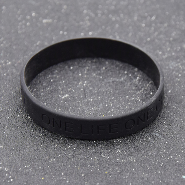 fashion lychee Black Silicone Bracelet Bangle One Life One Chance Printed Cuff W