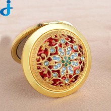 Vintage Hand Mirrors Pocket Mirror Mini Portable Compact Mirrors Girl Double Side Folded Hollow Out Makeup