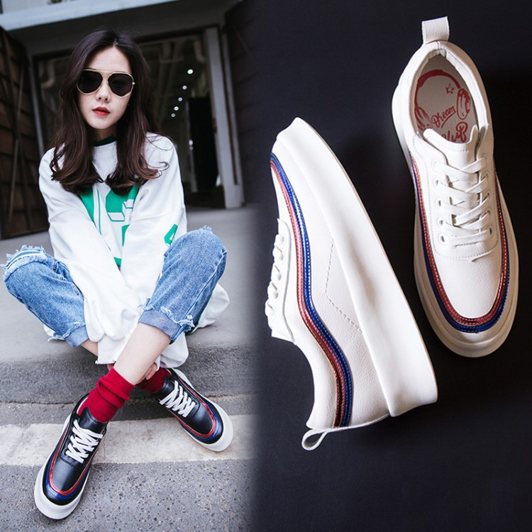 2018 women spring new leather casual fashion shoes comfortable bottomed medium heel mixed colors lace up women's leisure shoes new leisure wedges women summer spring lace up fashion footwear female shoes comfortable women pumps ladies casual shoes dt1481