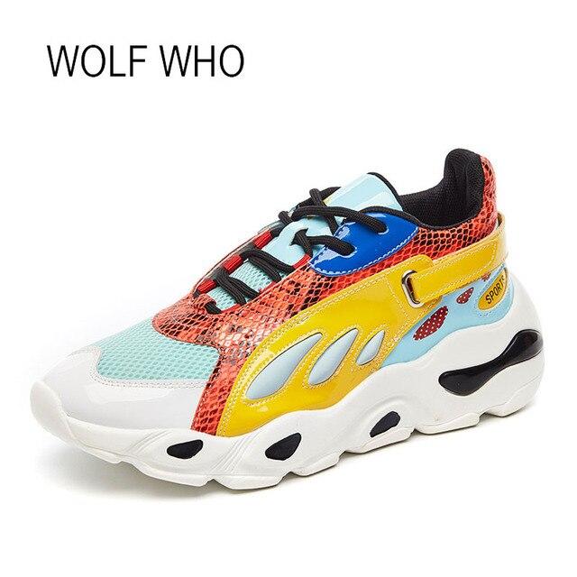 Волк, который 2018 Демисезонный модные женские туфли кроссовки Сетка женские Повседневное кроссовки толстой подошве Для женщин кроссовки на платформе h-523
