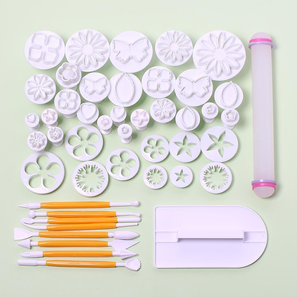 46Pcs / Set Fondant zdobení Sugarcraft Plunžr Cutter nástroje Mold Cookies Sugarcraft Icing zdobení Kit