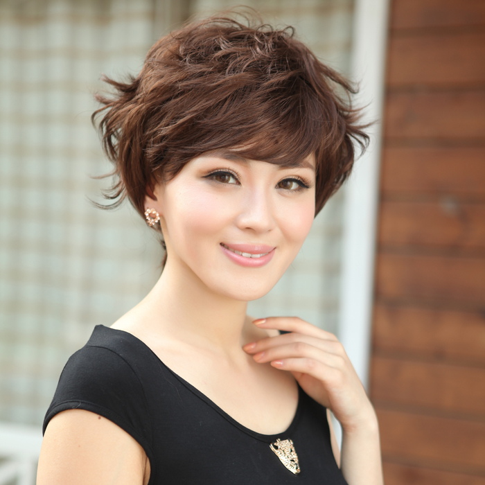 Fluffy Handsome New Hairstyle Elegant Ladys Short Hair Middle Aged