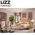 Chesterfield Royal Bed Room Furniture Set Antique Style Furniture Solid Wood Night Table Luxury Leather King Size Bed
