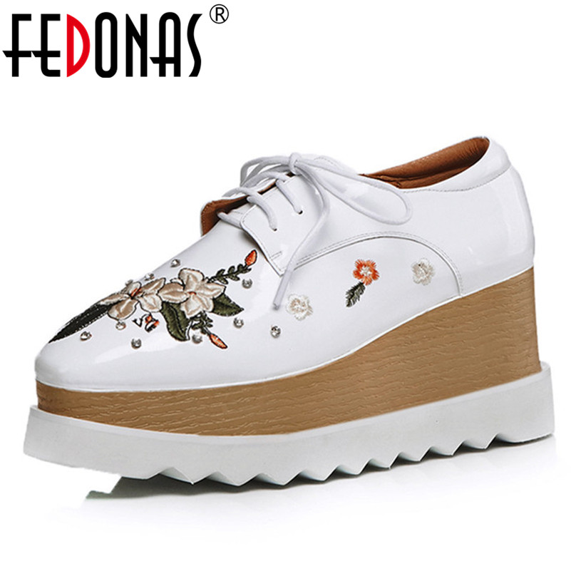 FEDONAS Women Platforms Flats Shoes Woman Round Toe Cross Tie Embroider Wedding Party Shoes Woman Lace Up Short Casual Shoes цена 2017