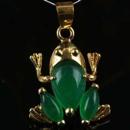 Transporte rápido> >>>> Bonito Sapo verde jade Colar de Pingente de 30% de desconto