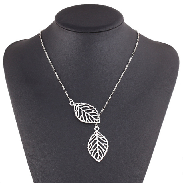 Simple Two Leaves Choker Necklace 2