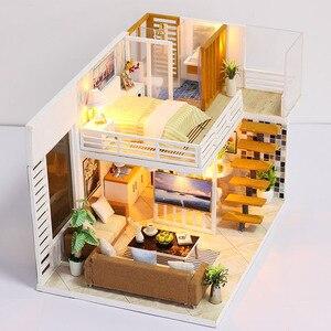 Image 4 - FAI DA TE Modello di Casa di Bambola In Miniatura Casa Delle Bambole con Mobili LED 3D Casa In Legno Giocattoli Per I Bambini Regalo di Artigianato Fatti A Mano