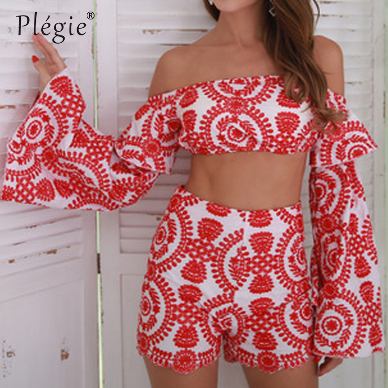 Plegie 2018 Sexy Embroidery Off Shoulder Flare Sleeve Women Sets Summer Casual long Sleeve Tops Shorts Two Piece Set Suit Set