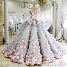 Vestido De Noiva Romantic O-neck Cap Sleeve Sheer Back Flower Tiered Ball Gown Wedding Dress NM 604