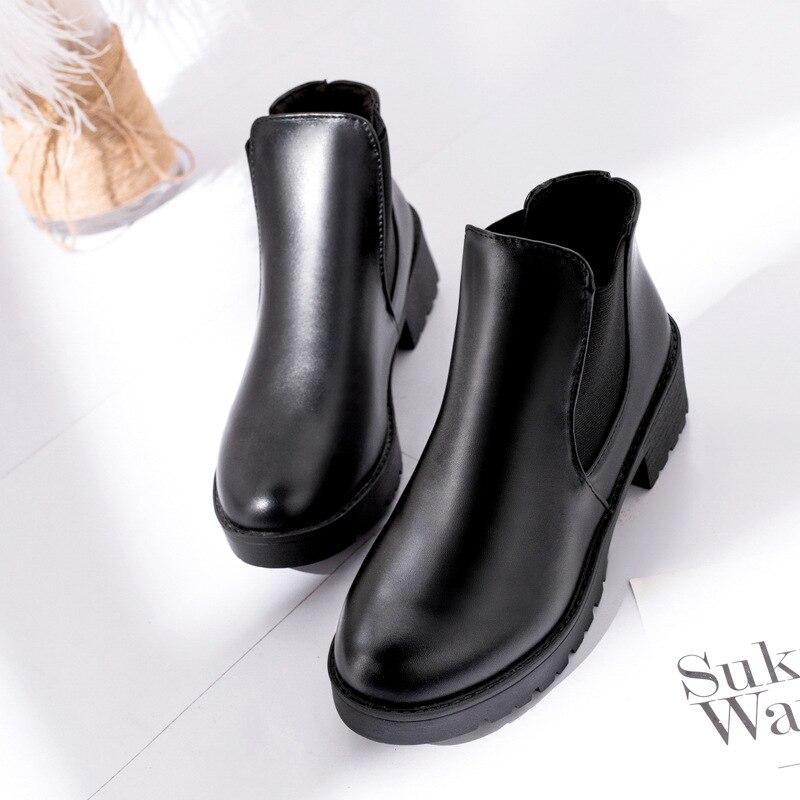 ec60a77f176 2018 Весенняя Новинка Короткие сапоги женские средние сапоги ботинки  «мартенс» толстый каблук и ботильоны в британском стиле женские ботинк.