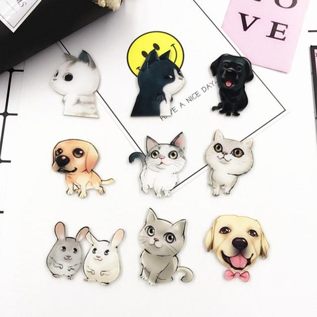 1 pz Cartoon Animali Belli Del Gatto Del Cane Spiedi Acrilico Distintivi e Simboli Donne Vestiti Zaino Icone Spille Spilli