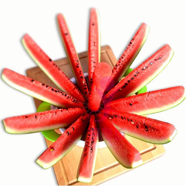 Fruit slicer cutter