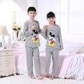 Los niños ropa de dormir pijamas de los muchachos muchachas de los sistemas 2016 de primavera y otoño bebé de la Historieta Homewear manga larga ropa de Los Niños Juego de cama