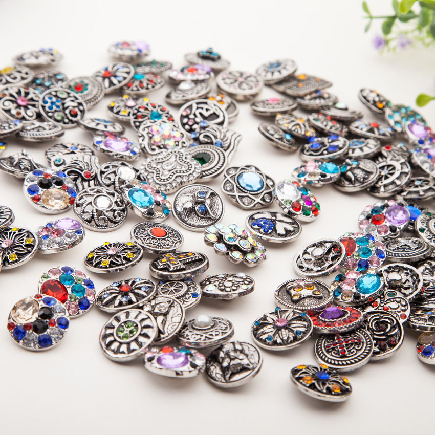 5pcs/lot High quality Mix Many styles 18mm Metal Snap Button Charm Rhinestone Button Ginger Snaps Jewelry Randomly image