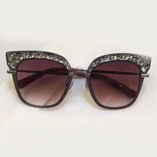 New Cat Eye Sunglasses Women Vintage Fashion Sun Glasses High Quality with Packing Box Oculos De Sol Feminino