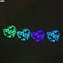 Collana del Choker Del cuore Luminoso Hollow Collana Del Cuore di Modo Delle Donne del Regalo Dei Monili Del Pendente Della Catena Dichiarazione Della Collana Incandescente Nel Buio