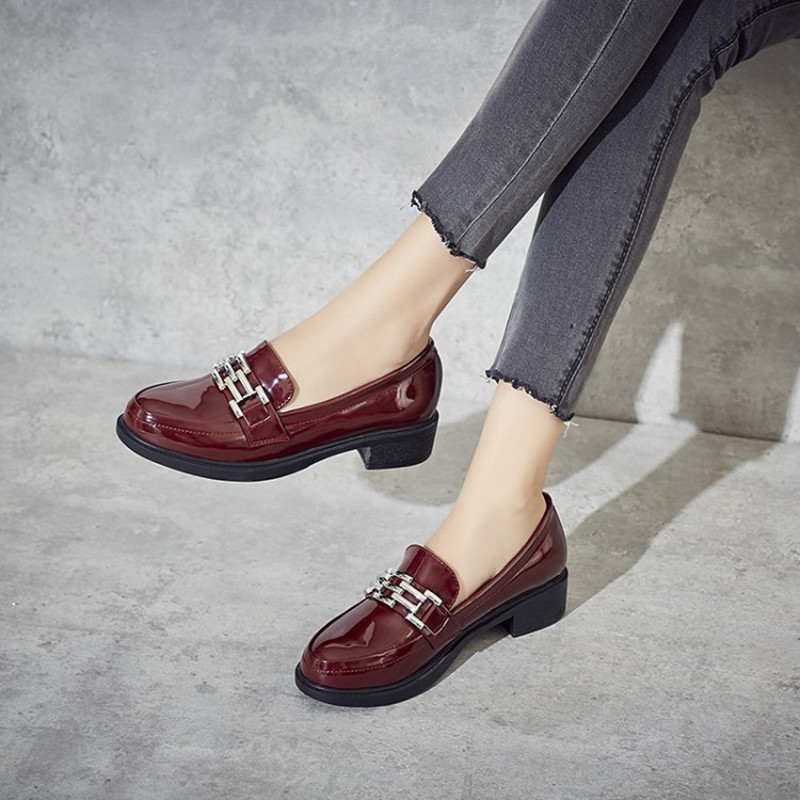Plus Size 34 43 Patent Leather Loafers Shoes Women Casual Oxford Shoes for Women Flats Comfortable Slip on Woman Moccasins Shoes in Women 39 s Flats from Shoes