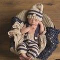 Новорожденный Ребенок младенческой Девушки милые Мальчики Крючком Вязать Костюм Фото Фото Опора Брюки с Hat Экипировка одежда 0-3 М Ребенок