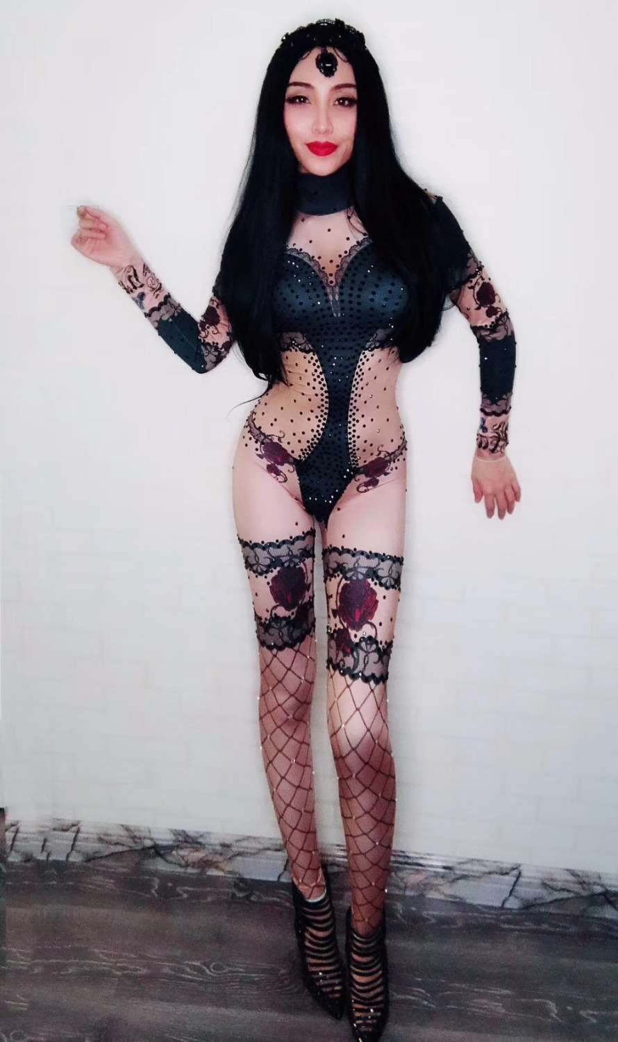 Ideal Sexy nude black female singers