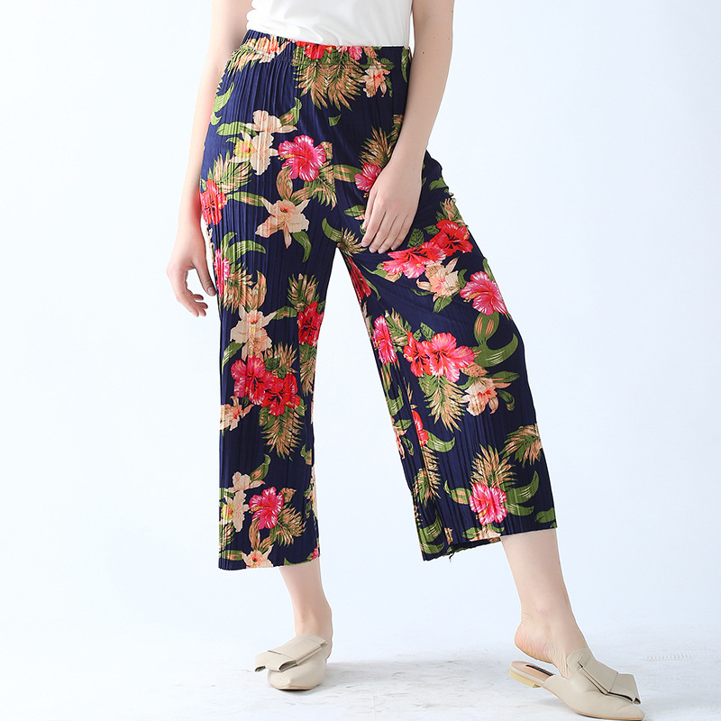 2019 spring and summer new chiffon pleated cropped   pants   trousers loose flower print   pants   plus size casual   wide     leg     pants