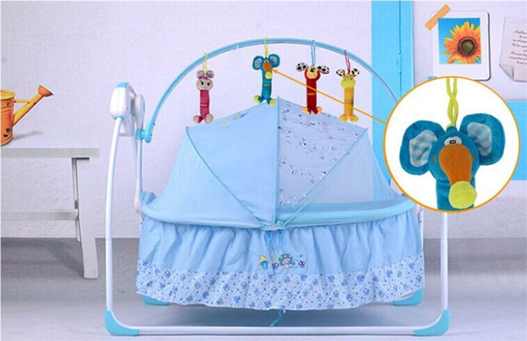 Baby Rattles Around The Bed Small Soft Baby Toys Boy Toy For 0 12