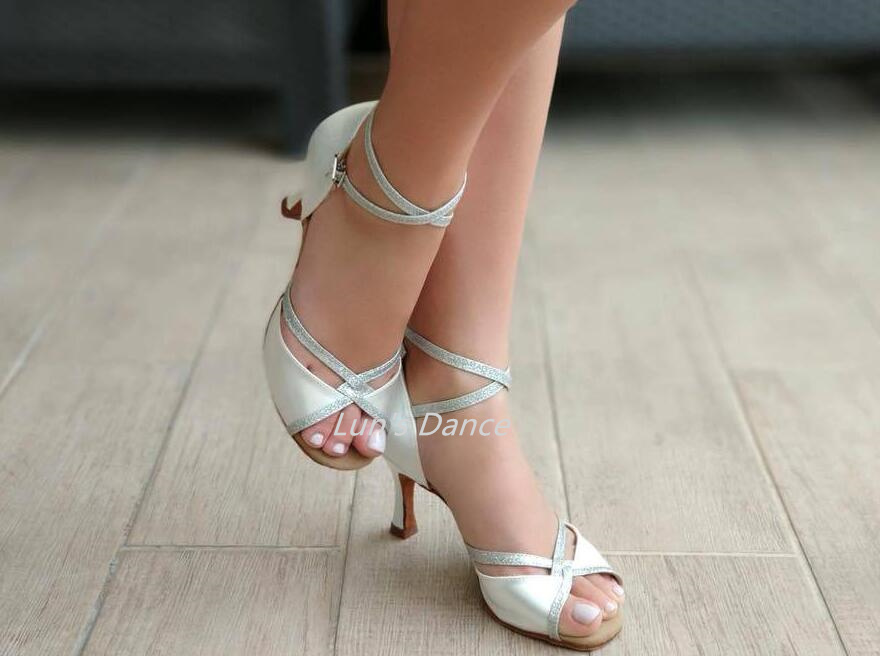 Sexy White Wedding Salsa Latin Ballroom Salsa Tango Bachata Mambo Dance Shoes Salsa Wedding Dance High Heels DS501