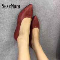 SexeMara New 100% Genuine Leather Women Shoe Solid Casual Pointed Toe Loafers Shoes Female elegant Flats Red Shoes 5 Colors