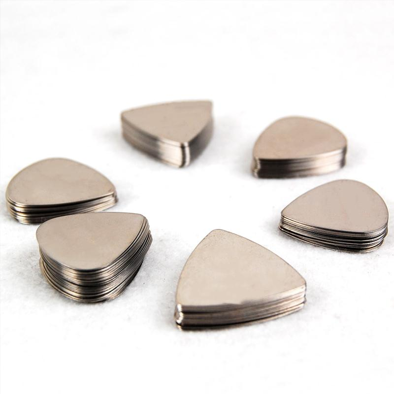 100Pcs Silver Stainless Steel Metal Electric Guitar Bass Picks Plectrums No Logo Printing Heart Shape rotosound rs66lc bass strings stainless steel