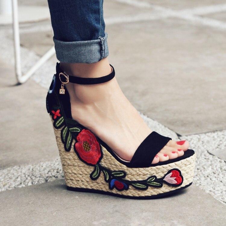 Fashion Women Sandals Summer Wedges Womens Sandals embroidery Platform Small floral Flip Flops open toe high-heeled Women shoe