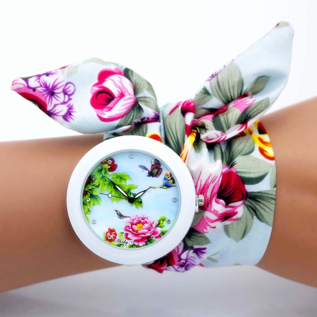shsby new unique Ladies flower cloth wristwatch fashion women dress watch high quality fabric watch sweet girls Bracelet watch